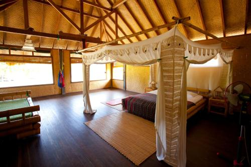 Malole Surf House, Rote Ndao