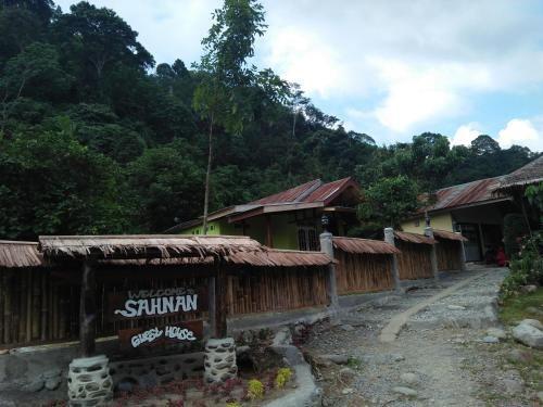 Sahnan Guest House, Langkat