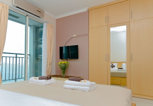 The Cupcake Suites Thamrin, Central Jakarta