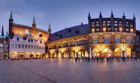 Holiday Inn Lübeck (Pet-friendly), Lübeck