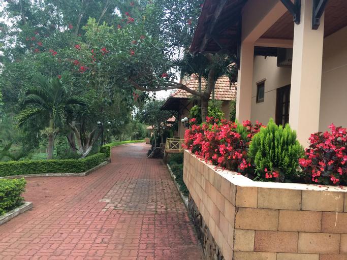 7S Hotel Thien Duong Xanh (Pet-friendly), Pleiku