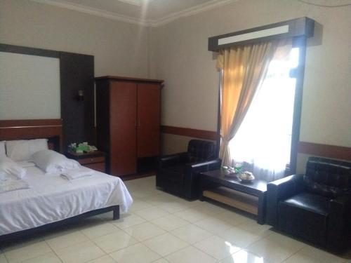 hotel kristal, Bontang