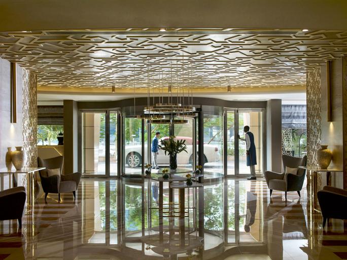 Two Seasons Hotel & Apartments (ex. Gloria Hotel),