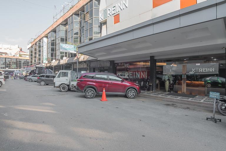 RedDoorz Plus near Harbour Bay Mall Batam, Batam