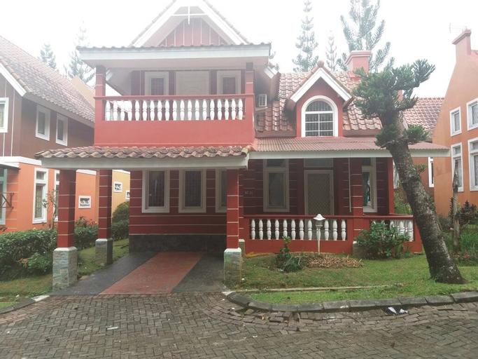 Villa Kota Bunga R7-11, Cianjur