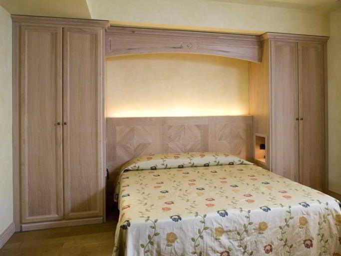 Borgo Lanciano, Macerata