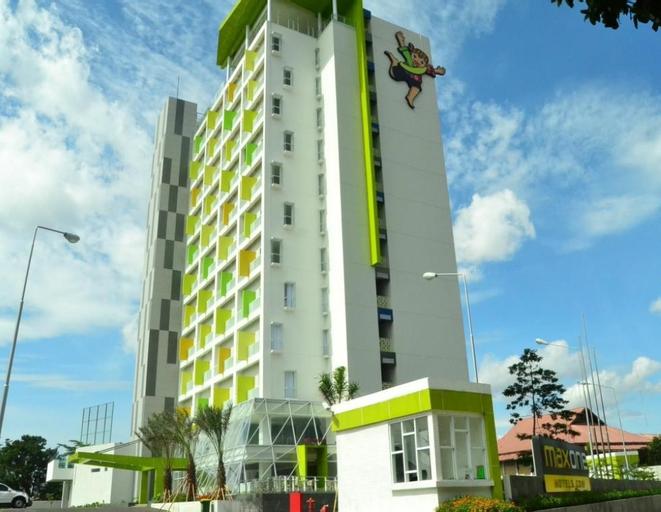 Maxone Hotel at Soekarno-hattaBandung, Bandung