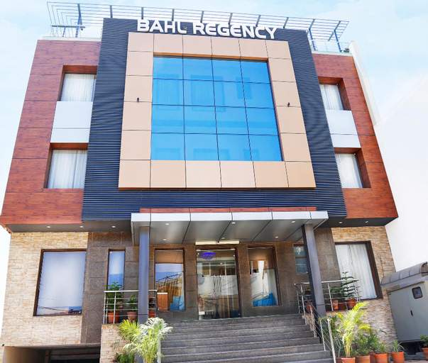 Hotel Bahl Regency, Panchkula