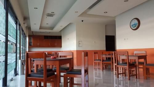 On Inn Guesthouse, Manado