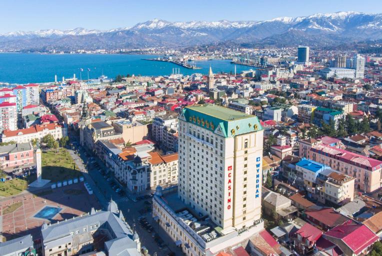 Wyndham Batumi, Batumi