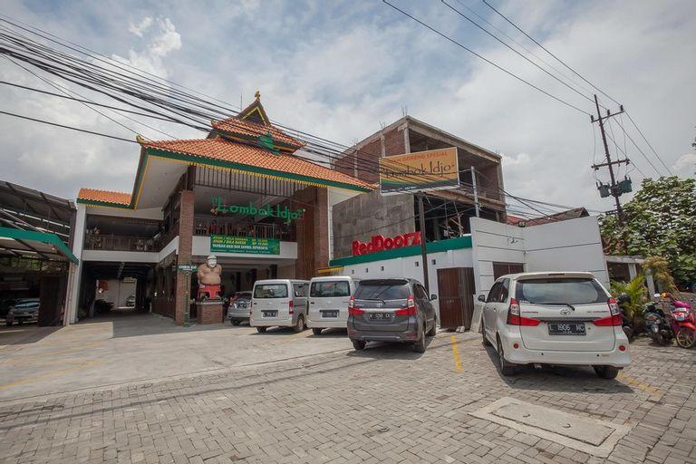 RedDoorz @ Kertajaya Surabaya, Surabaya