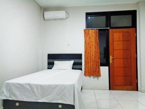 OYO Life 2795 Kost Al Barokah 2, Jakarta Selatan