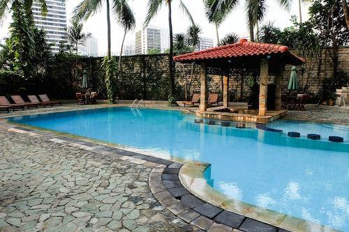Luxurious 3BR Senopati Suites Apt By Travelio, South Jakarta