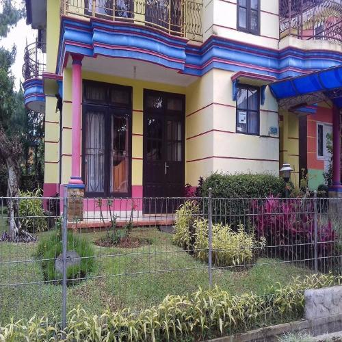 Santibi Villa Seruni K, Cianjur