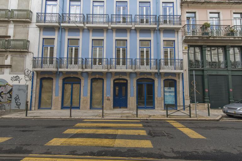 High Ceiling Duplex Apt Cais do Sodre, Lisboa