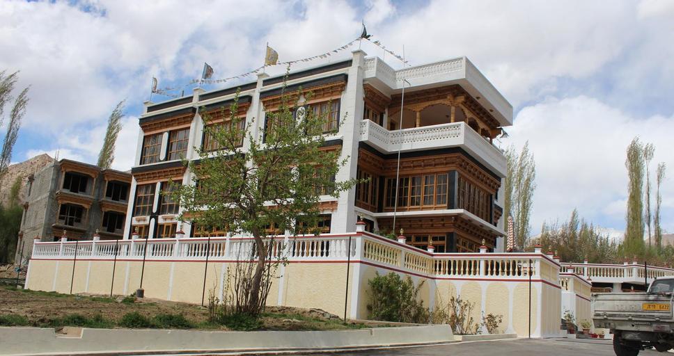 Hotel Khasdan, Mandi