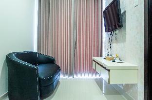 Modern 1BR Puri Mansion Apt with View By Travelio, West Jakarta