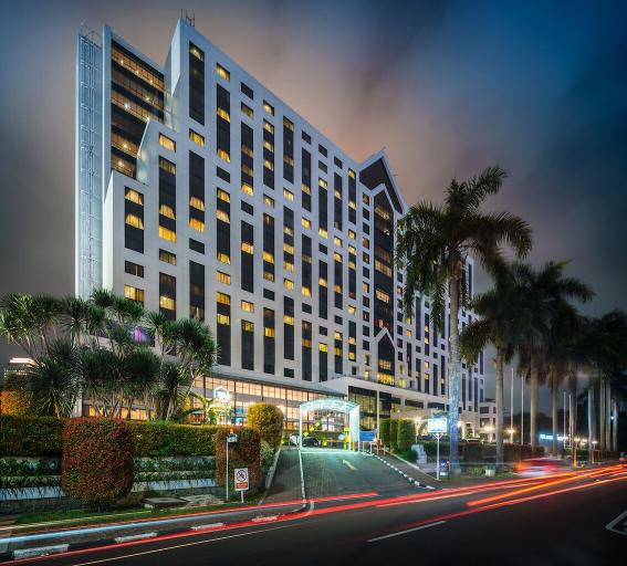 Century Park Hotel, Central Jakarta
