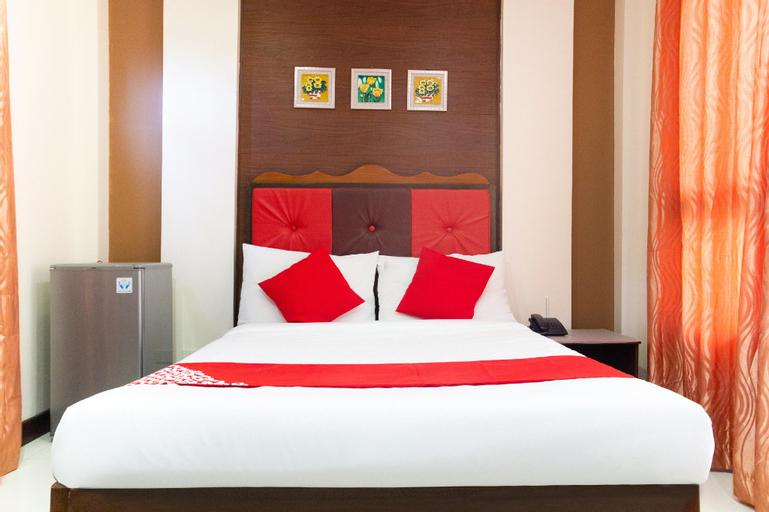 OYO 153 Monclaire Suites, Davao City