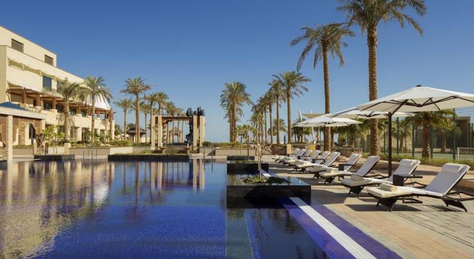 Jumeirah Messilah Beach Hotel And Spa,