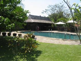 Hills Joglo Villa, Semarang