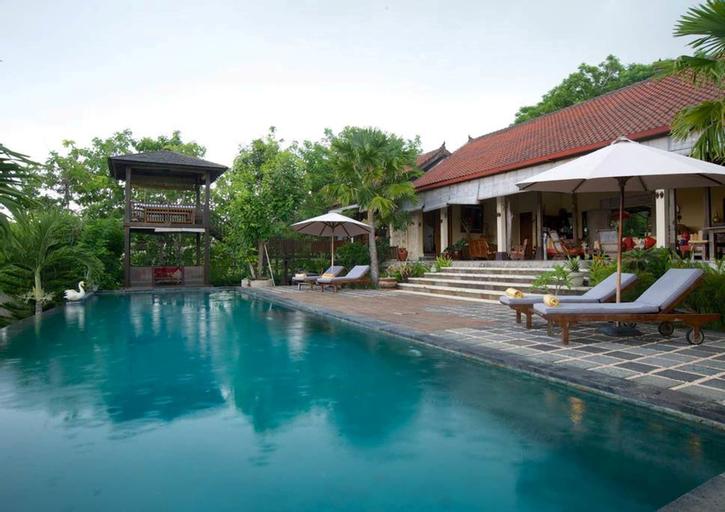Villa Anjing, Badung