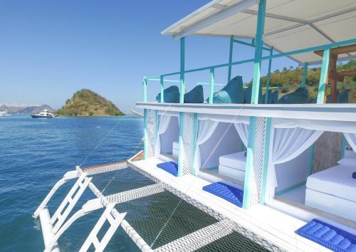 Le Pirate Boatel - Floating Hotel, Manggarai Barat