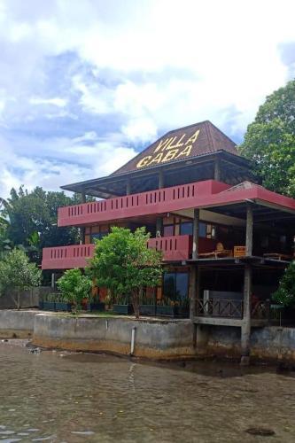 Villa Gaba, Halmahera Barat