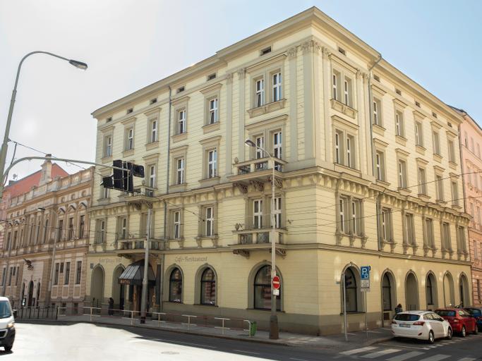 Hotel Praga 1885, Praha 5