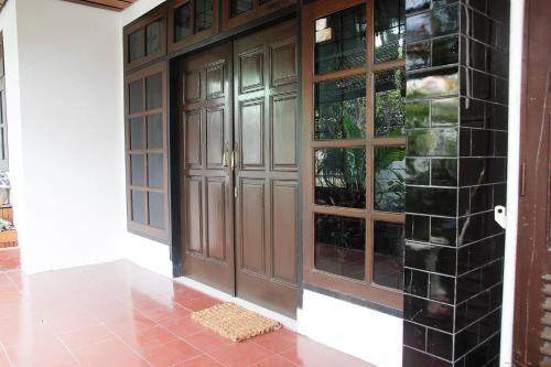 Tegaru Villa Malang, Malang