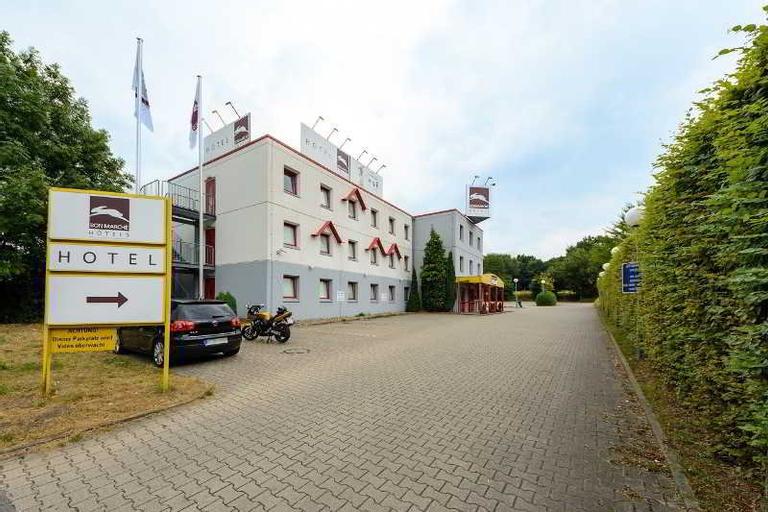 bon marche hotel Bochum, Bochum
