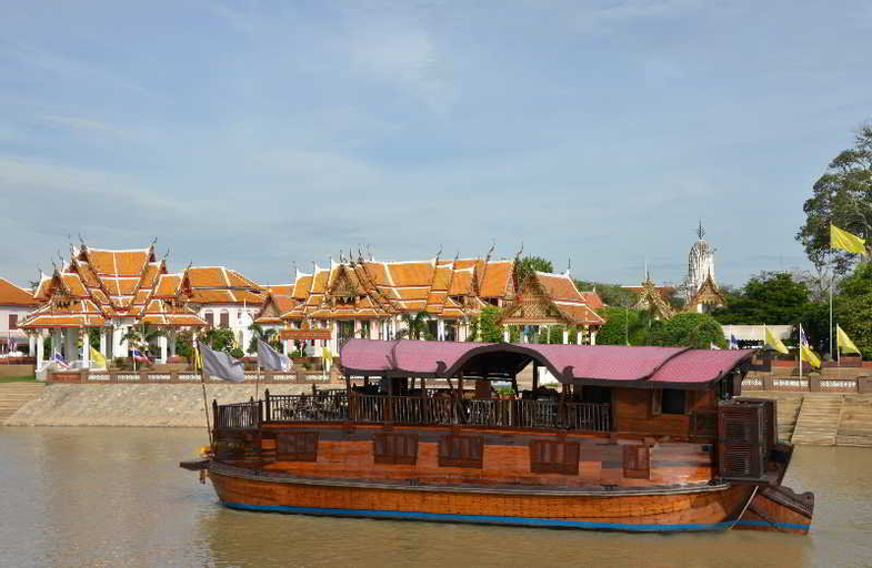 Anantara Cruises, Khlong San