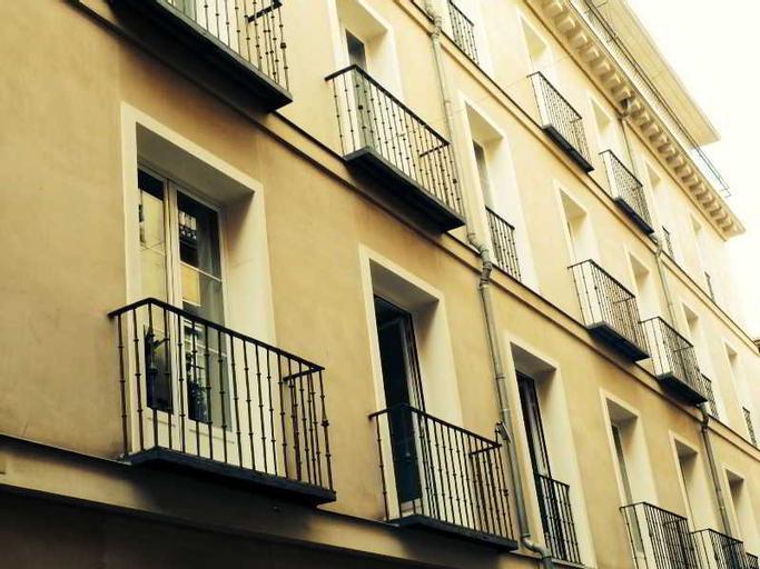 Gran Via Selection, Madrid