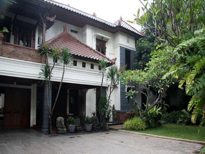 Topaz Keraton, Jakarta Selatan