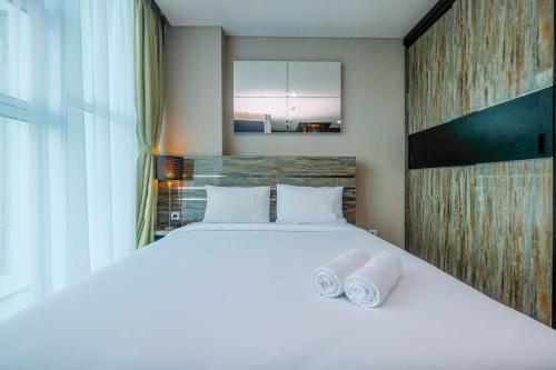 Cozy and Stylish Studio Apartment at Brooklyn Alam Sutera By Travelio, Tangerang Selatan