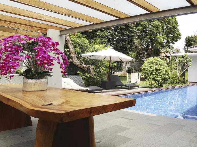 Triple C Guest House, Bandung