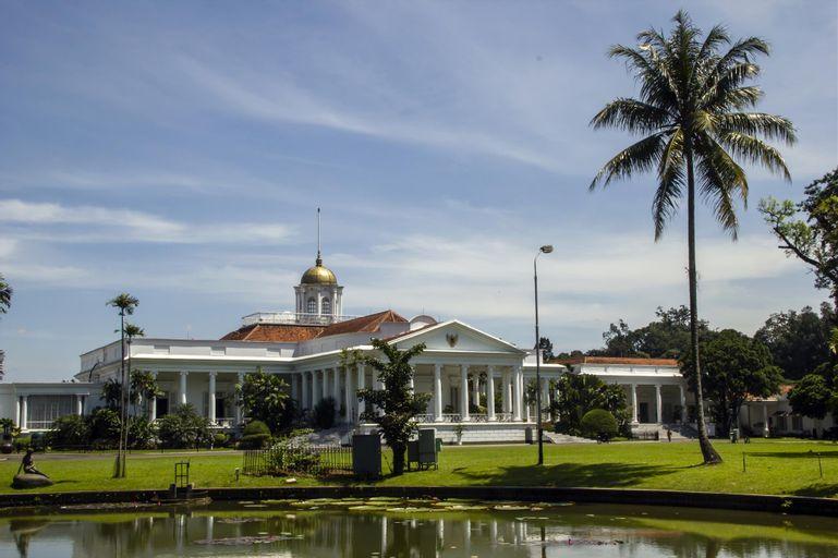 Alun Alun Gumati Resort Sentul, Bogor