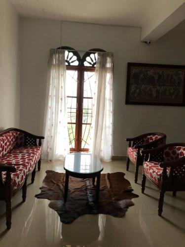 Marie'z Villa, Samosir