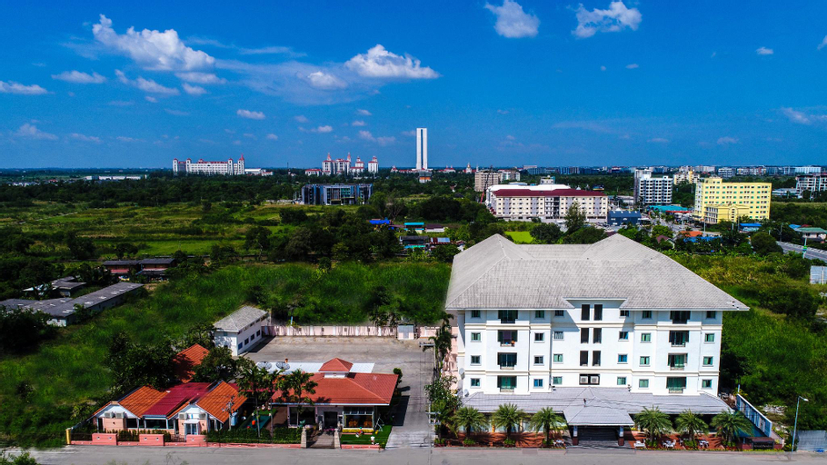 The Grand Paradise Suite hotel, K. Bang Sao Thon
