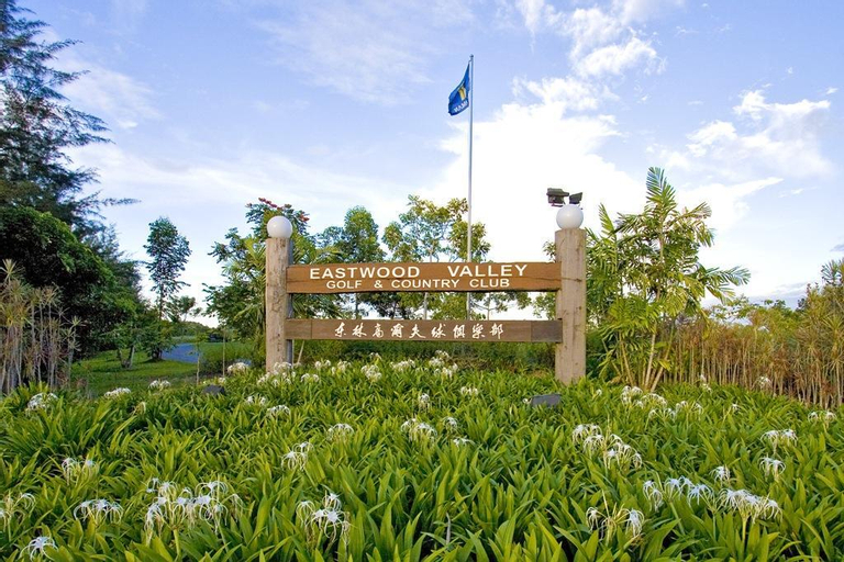 Eastwood Valley Golf Country Club, Miri