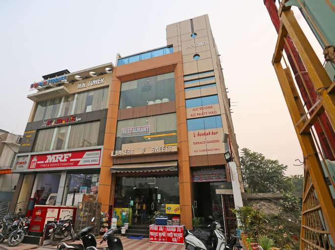 OYO 10360 Hotel Grand Manoranjan, Gorakhpur
