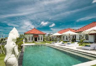 Teges Asri -Home with Spacious Lawn and Pool #1, Badung