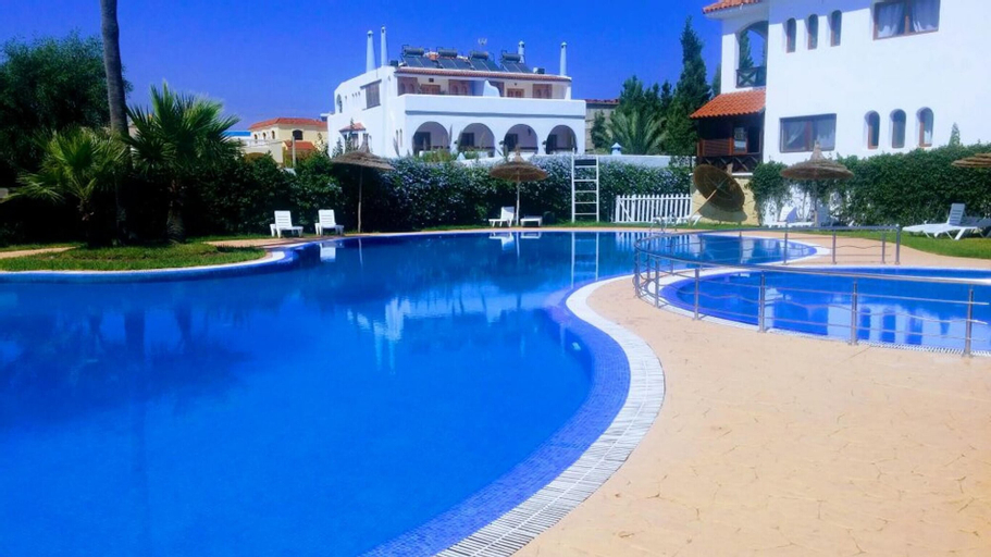 Apartment With one Bedroom in Martil, With Wonderful sea View, Pool Ac, Tétouan