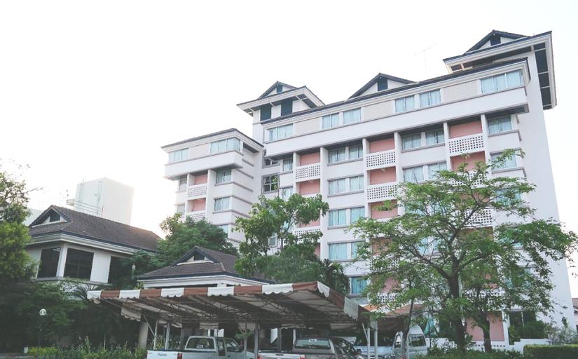 Phuphaya Hotel, Pak Chong