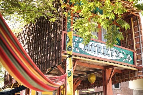 Watukarung Harry's Ocean House Homestay, Pacitan