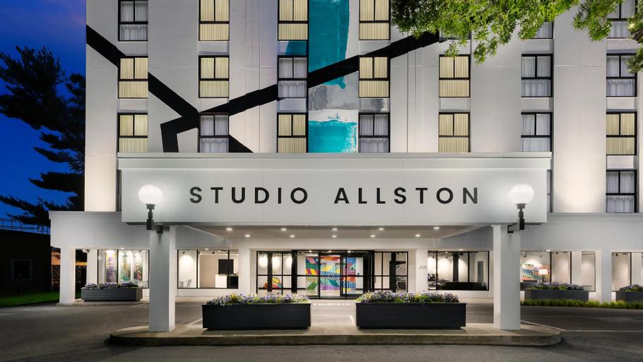 Studio Allston Hotel, Suffolk
