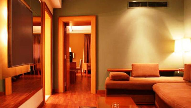 Atlas Zamalek Hotel, Ad-Duqi