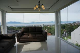 Mountain View Villa Bandung, Bandung