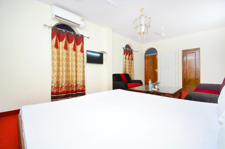 SPOT ON 39627 Hotel Samrat, Yamunanagar