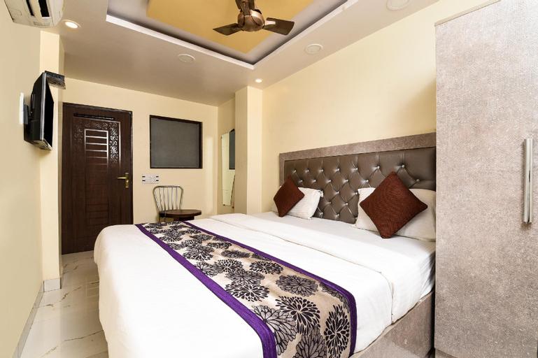 OYO 13455 Rama Krishna Hotel, West
